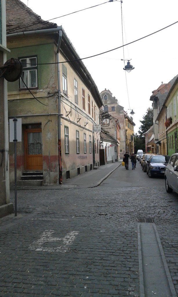 uliczka 6
