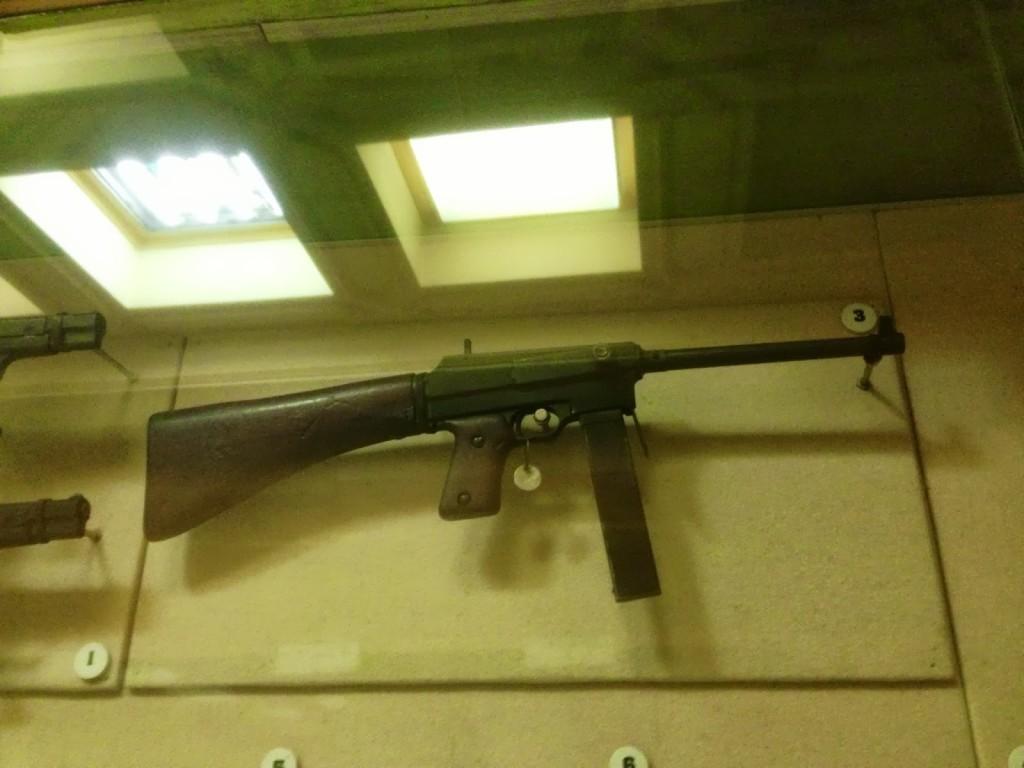pistolet-maszynowy-mors-bukareszt