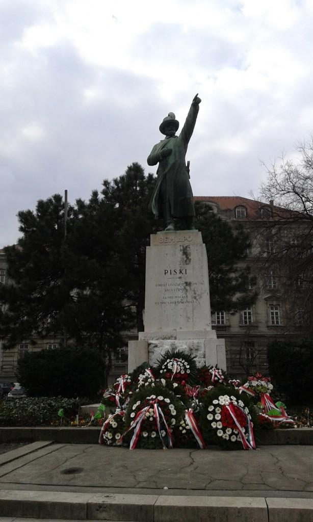 pomnik-bema-budapeszt