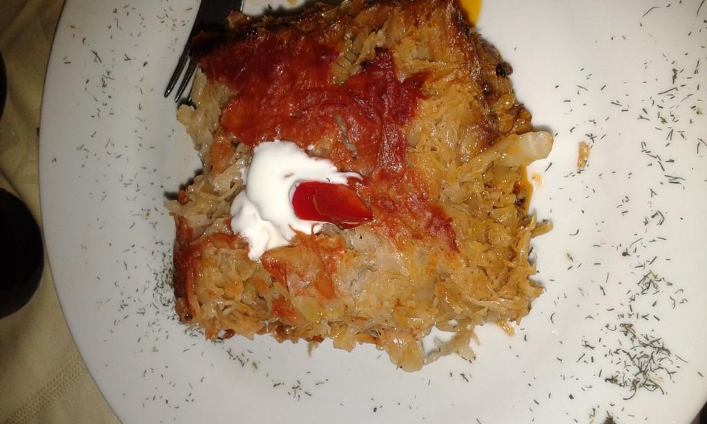 Varza a'la Cluj, czyli kapusta zapiekana z mięsem. Taka swojska wersja lasagne.